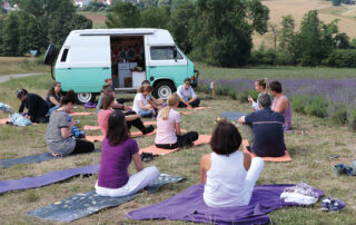 Yoga am Lavendelfeld in Fromhausen